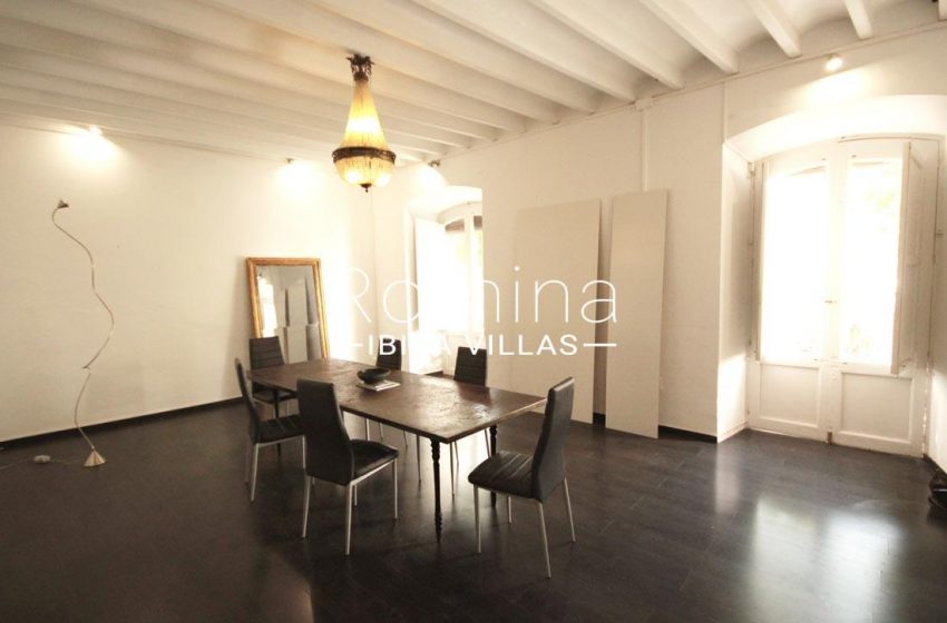 apto plaza ibiza-3dining room4