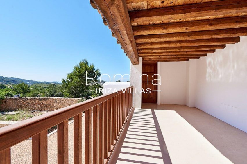 can guita ibiza-2covered terrace