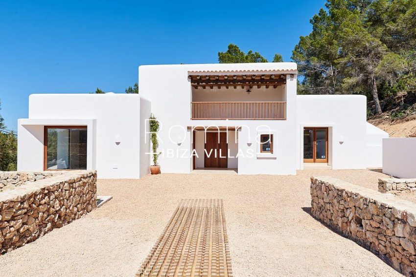 can guita ibiza-2facade