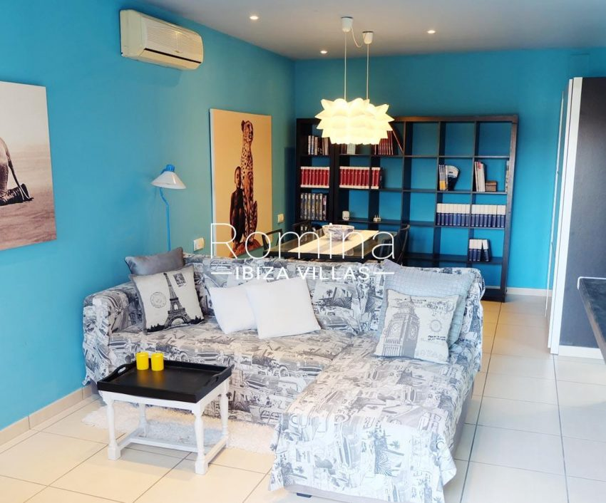 casa llaina ibiza-3living room