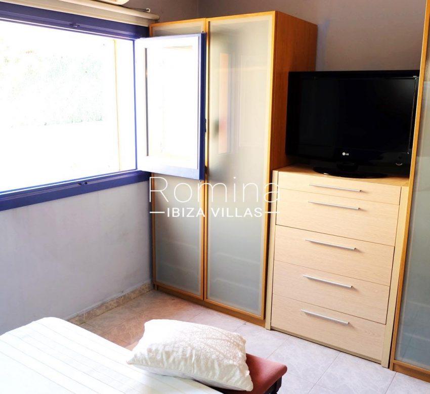 casa llaina ibiza-4bedroom armario