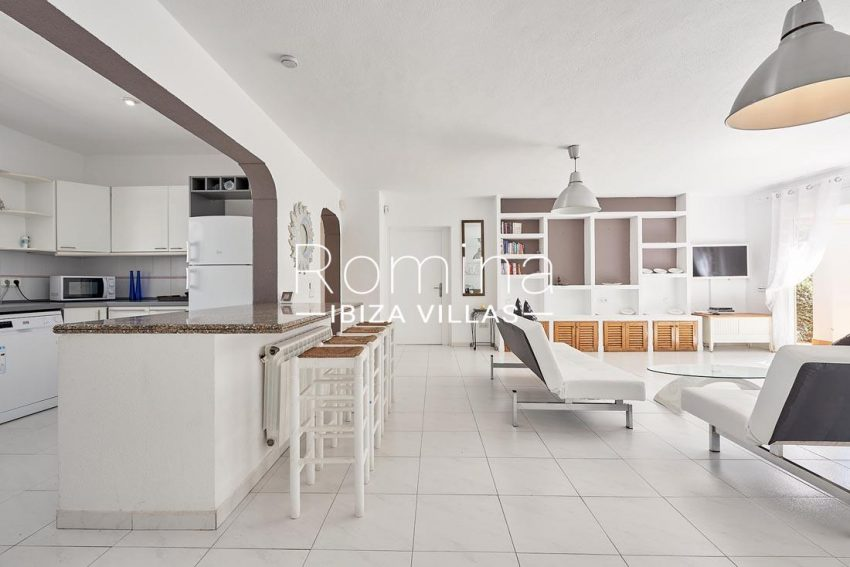 casa lumen ibiza-3living room kitchen2