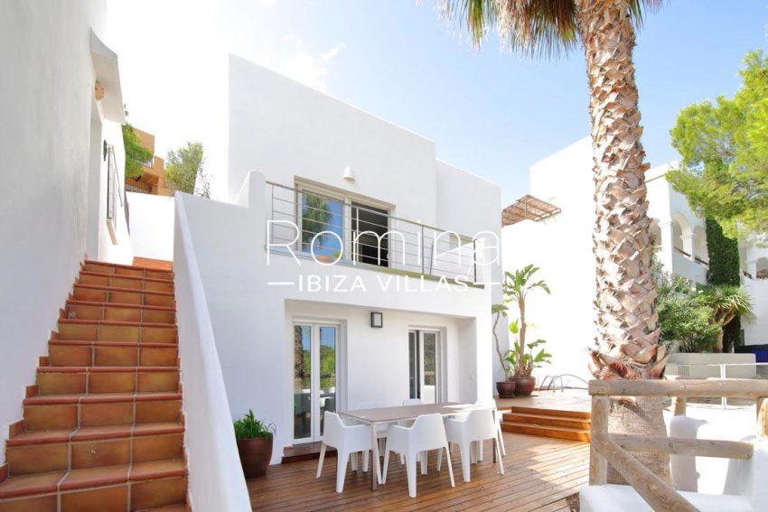 casa playa vistas ibiza-2facade stairs