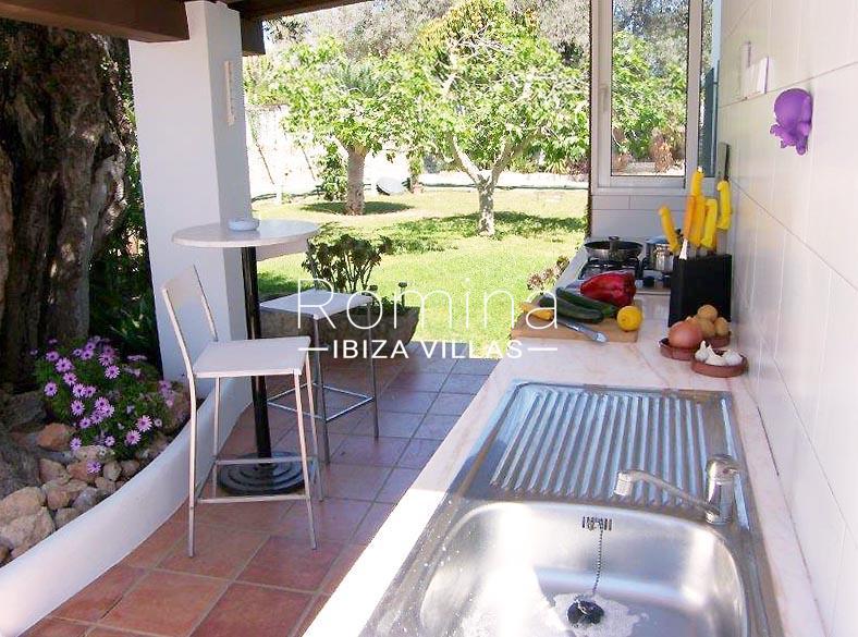 casa yucca ibiza-2outdorr kitchen