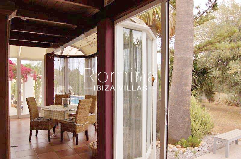 casa yucca ibiza-2veranda dining area