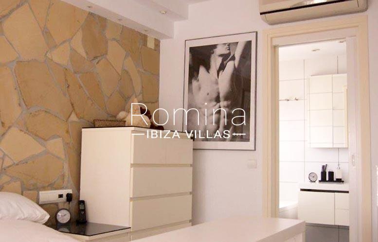 casa yucca ibiza-4bedroom bathroom