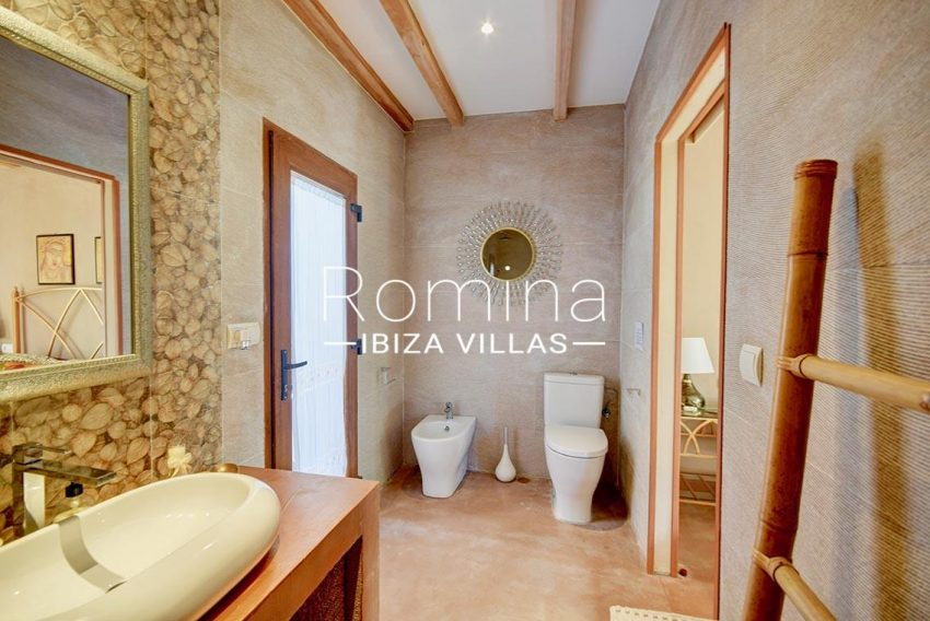 adosado cala ibiza-5shower room1bis