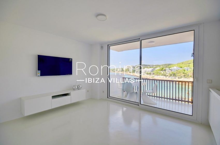apto rand ibiza-3living room sea views