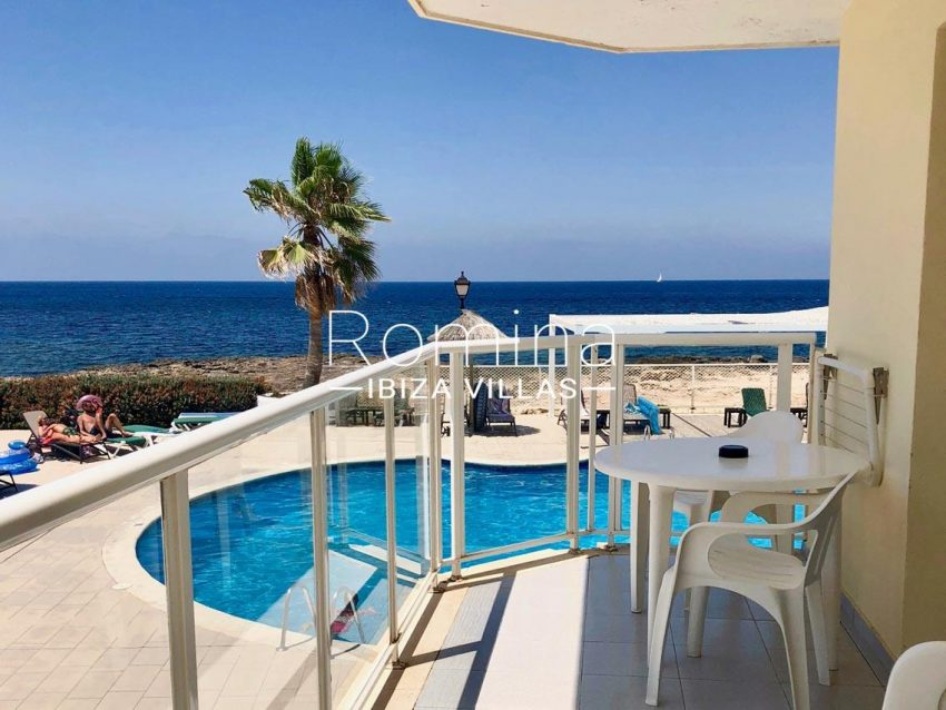 aptos logha ibiza-1terrace sea view