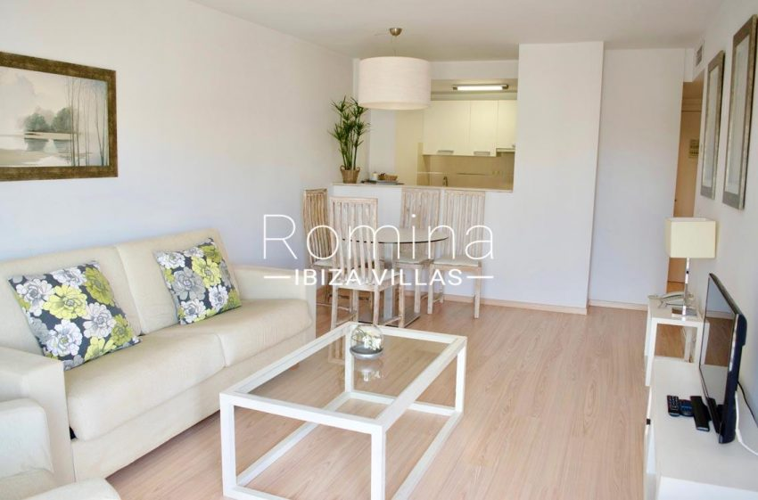 aptos logha ibiza-3living room