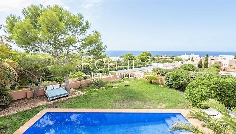 can hoki ibiza-1pool sea view
