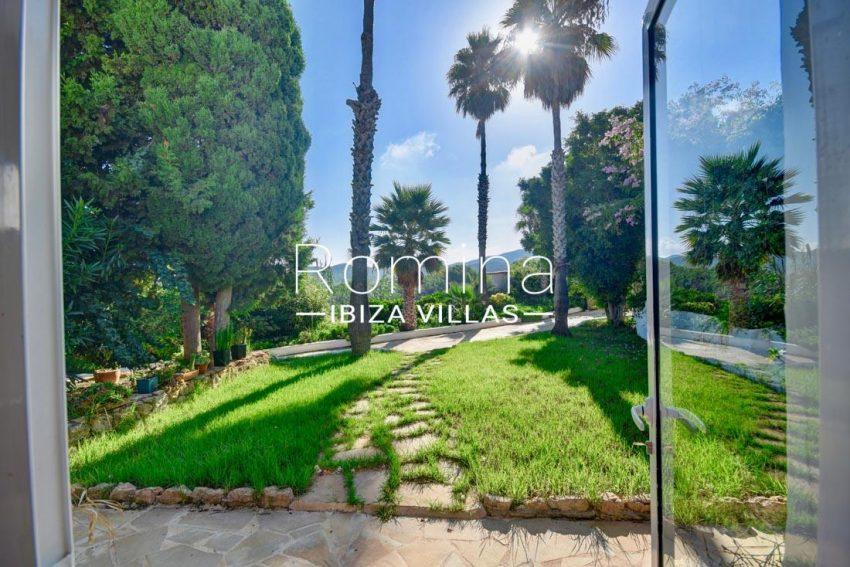 can silvestre ibiza-2garden lawn