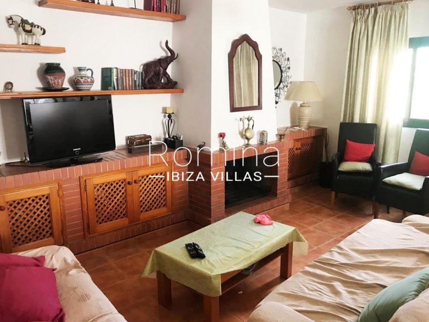 casa silva ibiza-3living room fireplace2