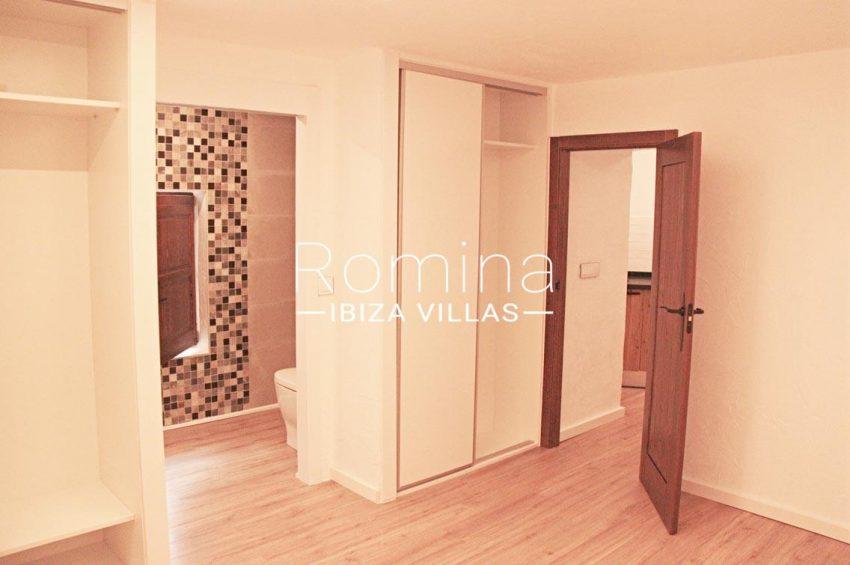 casa vila ibiza-4bedroom bathroom