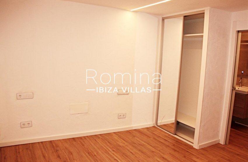 casa vila ibiza-4bedroom cupboard