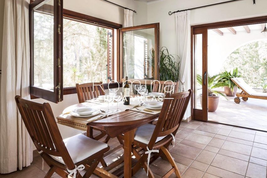 casa zura ibiza-3dining area terrace