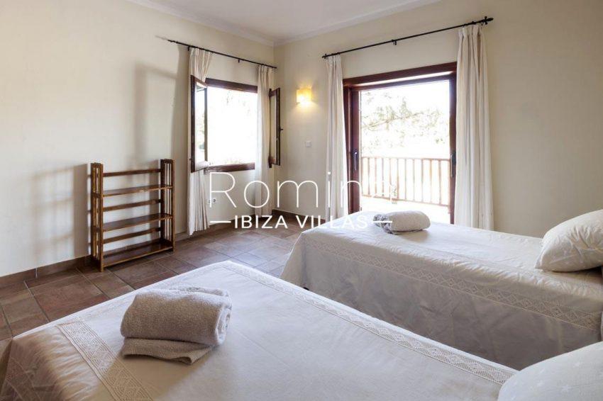 casa zura ibiza-4bedroom2balcony