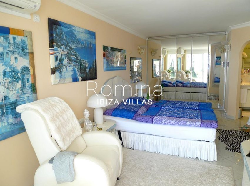 duplex roca mar ibiza-4bedroom1