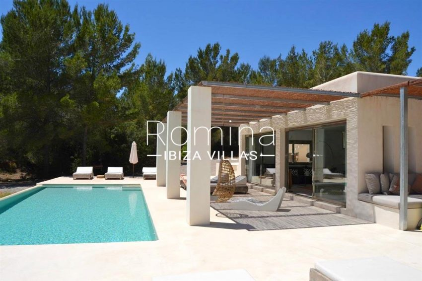 villa design ibiza-2pool pergola terrace side facade terrace