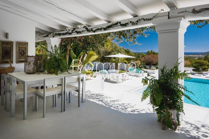 villa everland ibiza-2porch dining area pool
