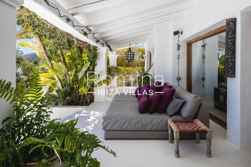 villa everland ibiza-2porche chill out