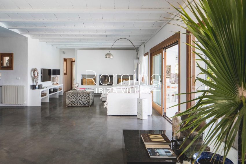 villa everland ibiza-3living room