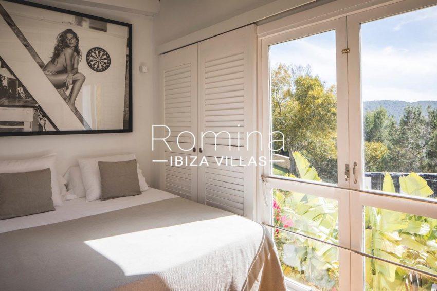 villa everland ibiza-4bedroom vew hills