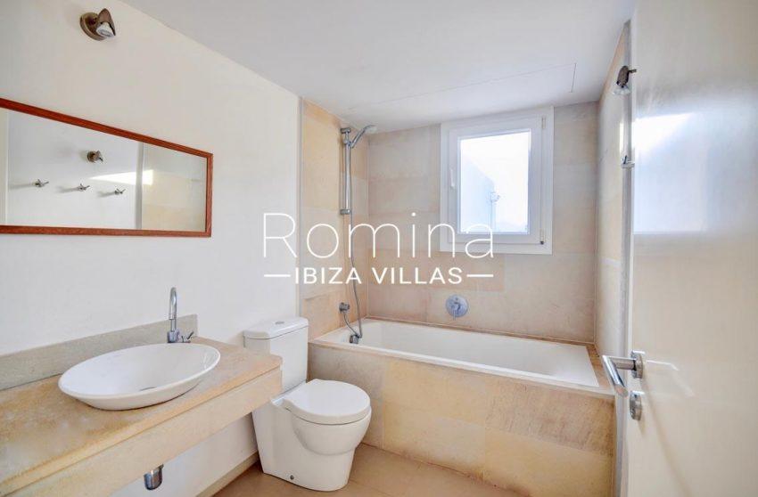 adosado litus ibiza-5bathroom