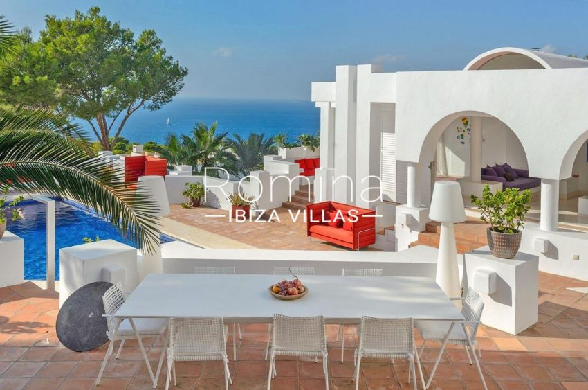 blanche marine ibiza-1terrace dining tabel sea view