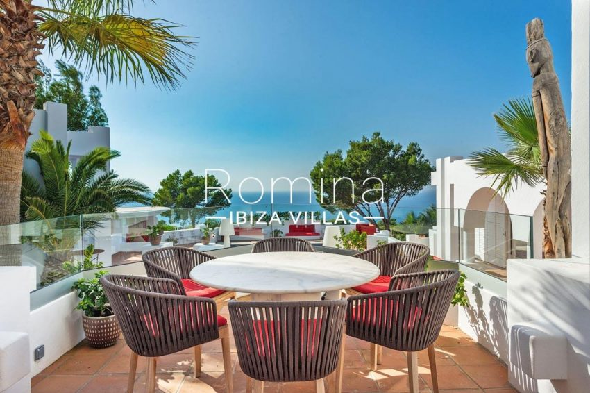 blanche marine ibiza-1terrace dsining area sea view