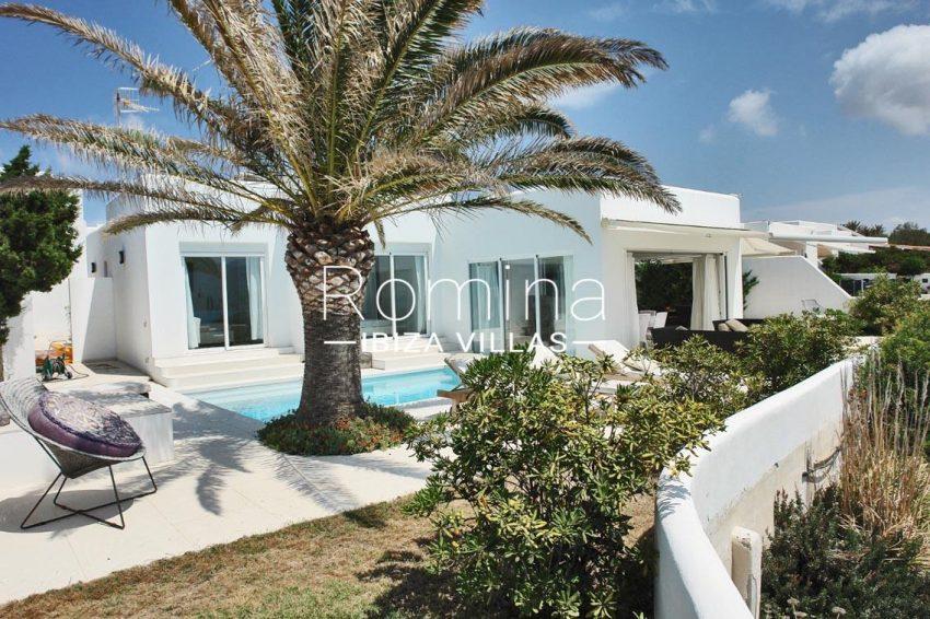casa leon ibiza-2pool terrace