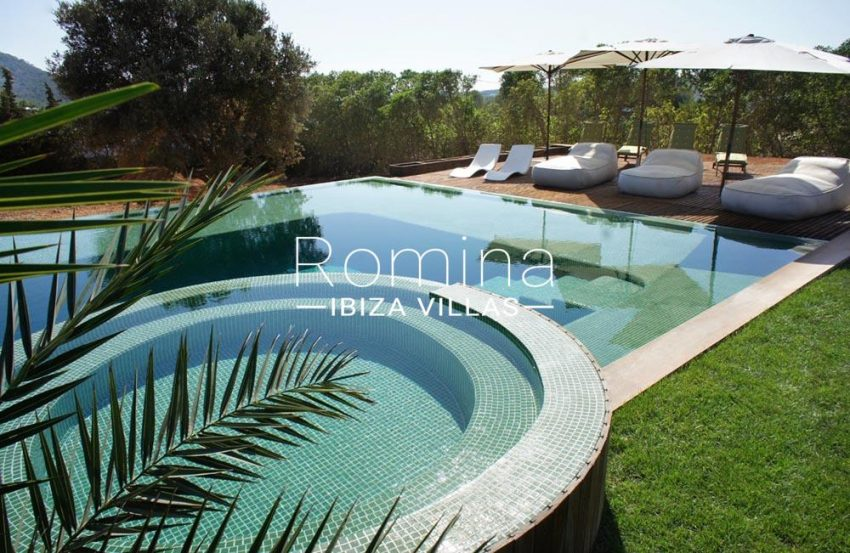 casa nema ibiza-2pool terraces lounge chairs2