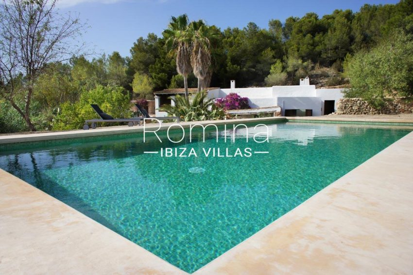 finca gibert ibiza-2pool terraces2