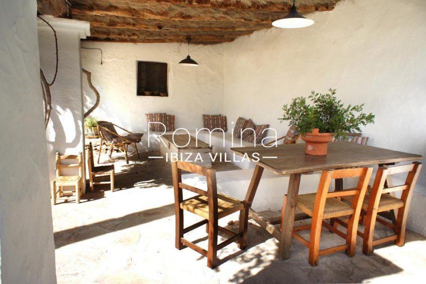 finca gibert ibiza-2porche banquettes dining area