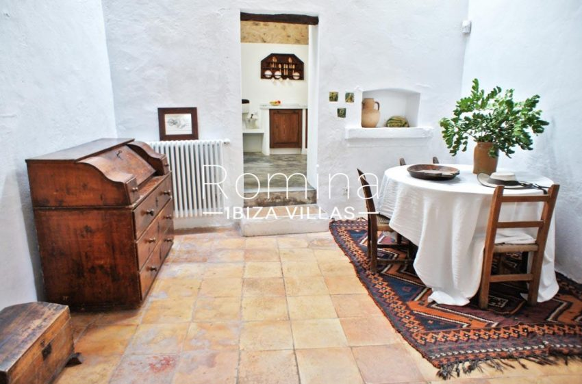 finca gibert ibiza-3dining area
