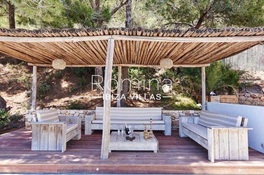 villa adelfa ibiza-2terrace pergola sitting area