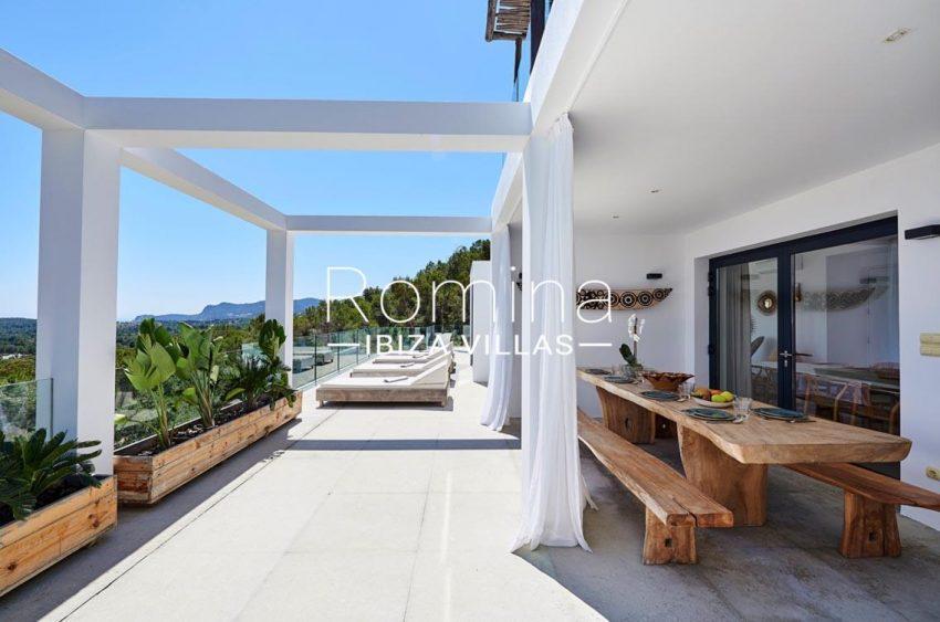 villa adelfa ibiza-2terrace sunbeds dining area2