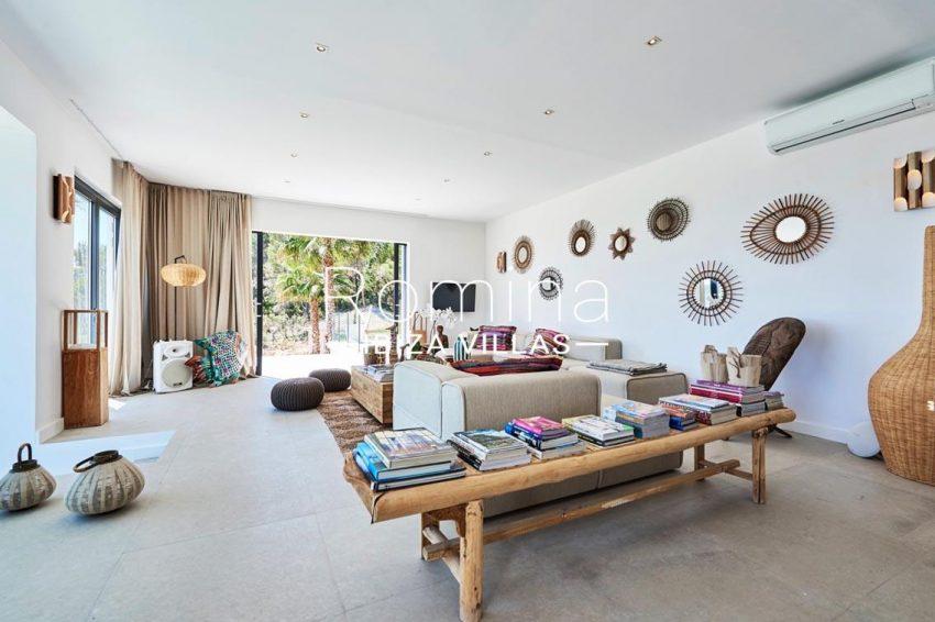 villa adelfa ibiza-3living room garden