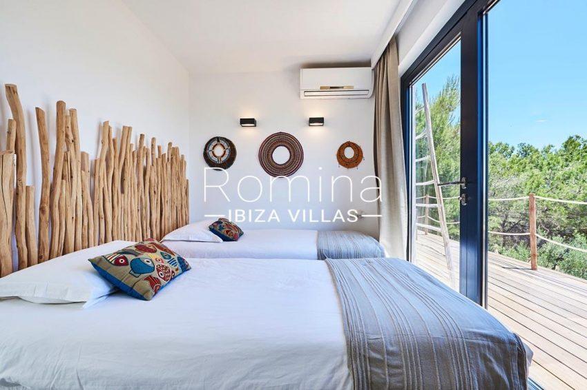 villa adelfa ibiza-4bedroom twin