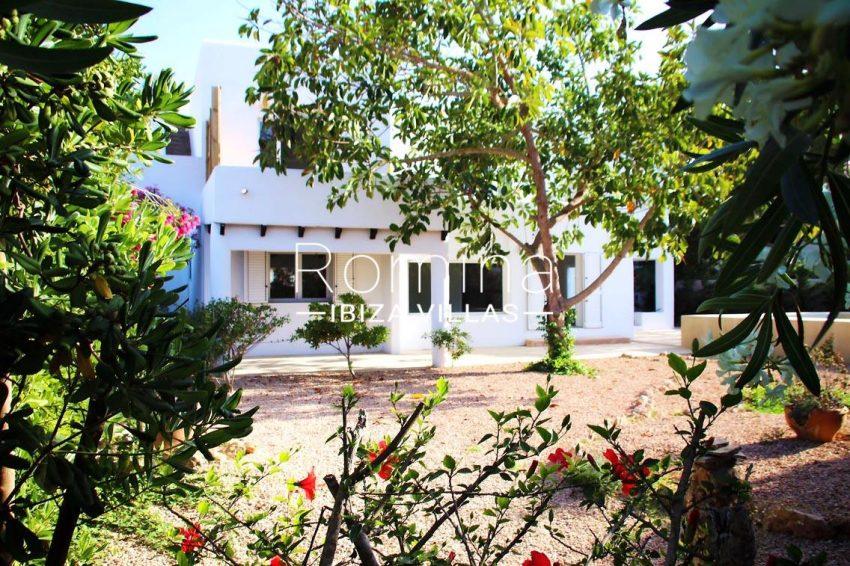 villa amnis ibiza-2facade garden2