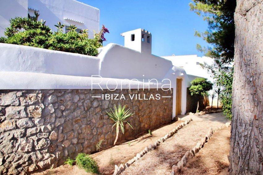 villa amnis ibiza-2garden facade