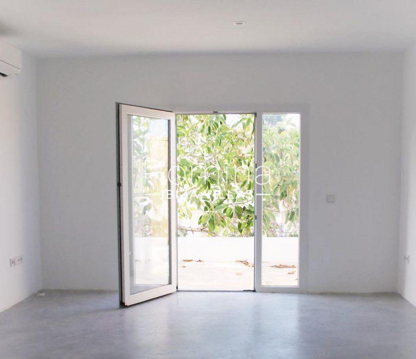 villa amnis ibiza-4bedroom garden