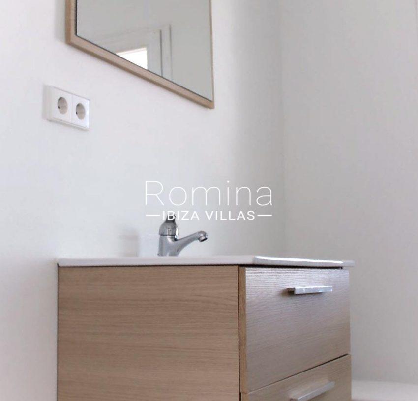 villa amnis ibiza-5toilets