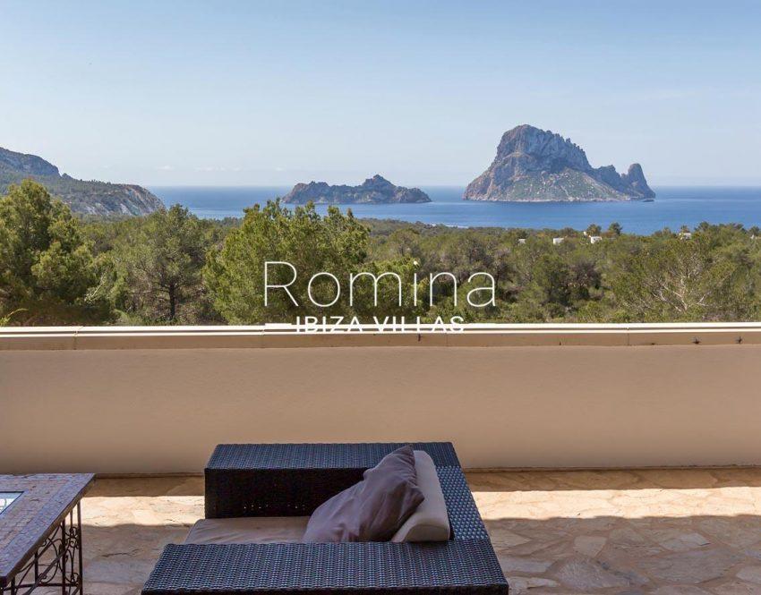 villa lyze ibiza-1terace living area sea view vedra