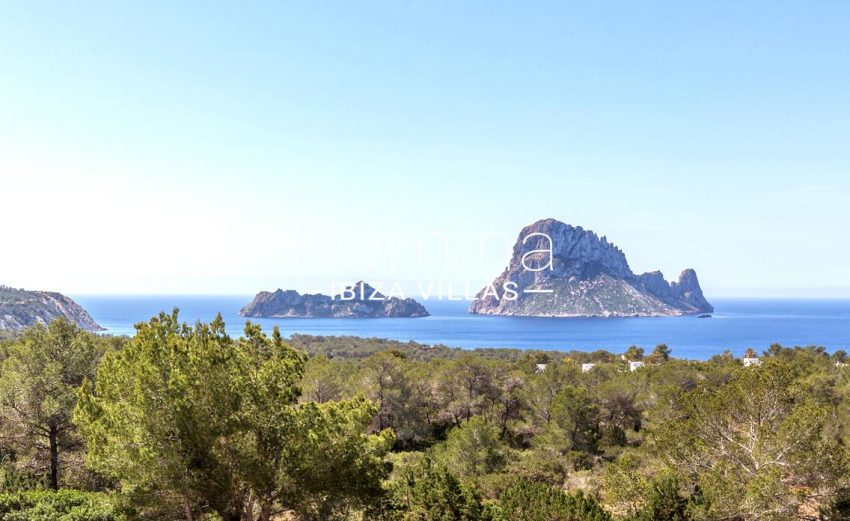 villa lyze ibiza-1view vedra and vedranell