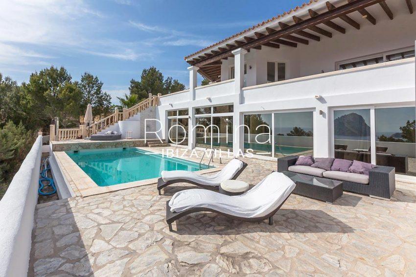 villa lyze ibiza-2pool terrace facade2