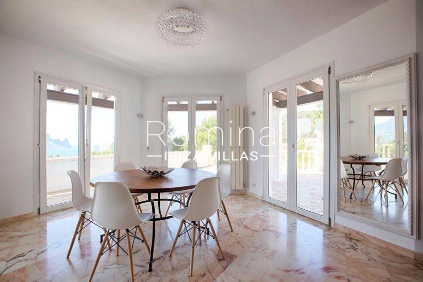 villa lyze ibiza-3dining room sea view