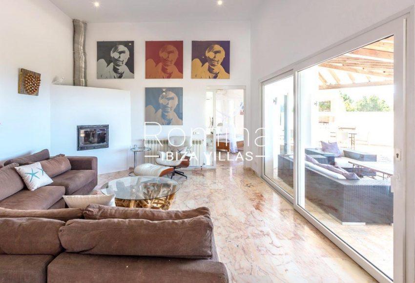 villa lyze ibiza-3living room to terrace