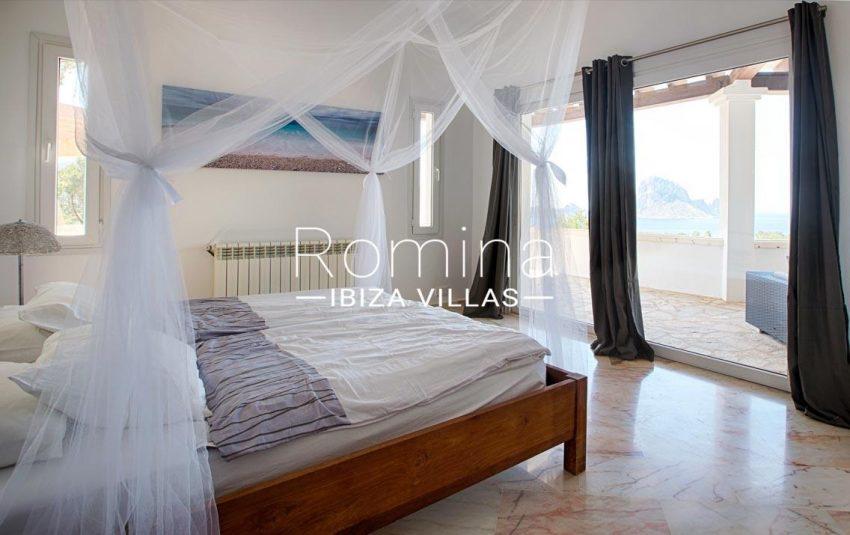 villa lyze ibiza-4bedroom1 sea view vedra