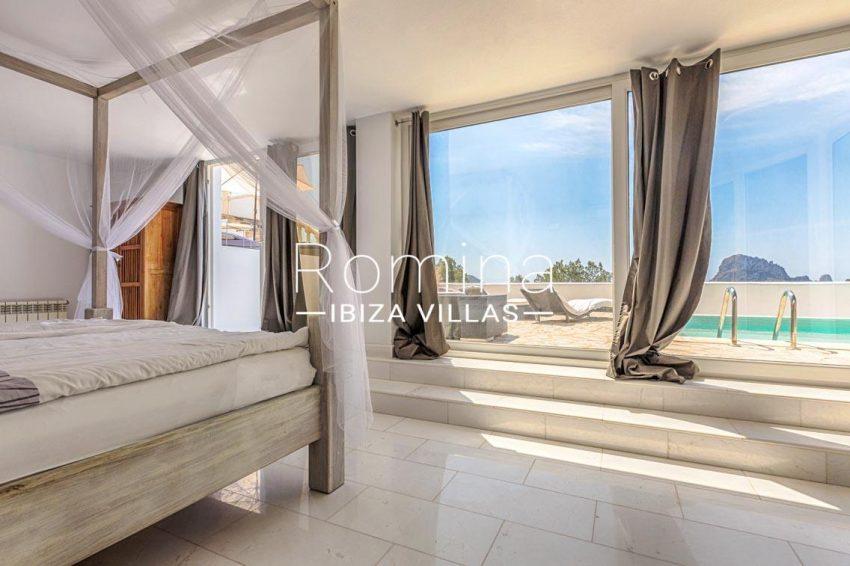 villa lyze ibiza-4bedroom2 pool terrace